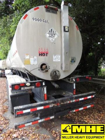 Asphalt Pavers For Sale >> 2000 ETNYRE 9000 gal asphalt trailer 3-axel – Used Heavy ...