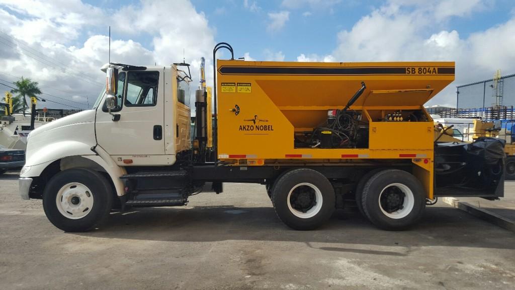 2011 International truck Akzo Nobel-Slurry Sealer